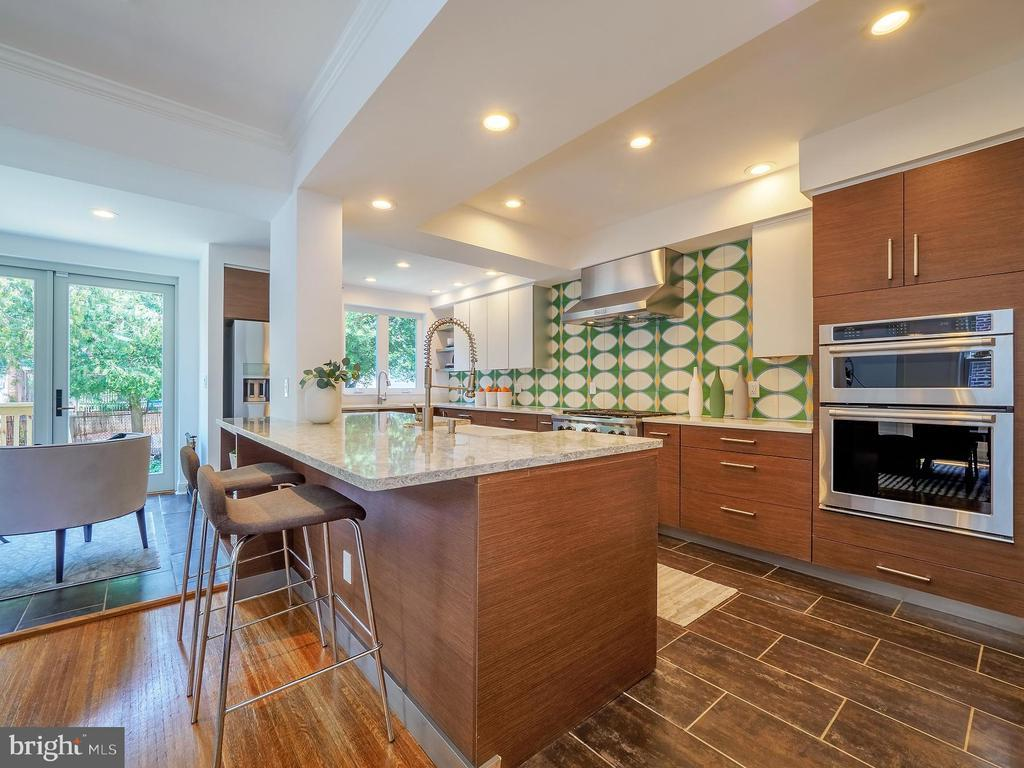 1811 IRVING ST NW photo