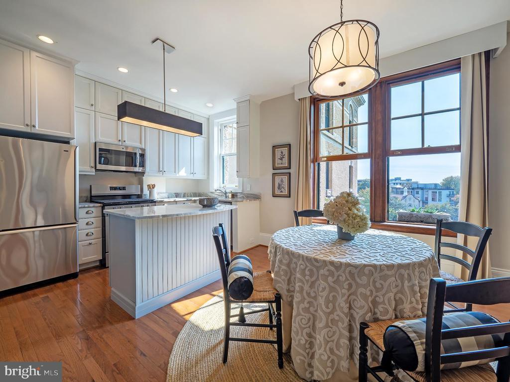 2853 ONTARIO RD NW #510 preview