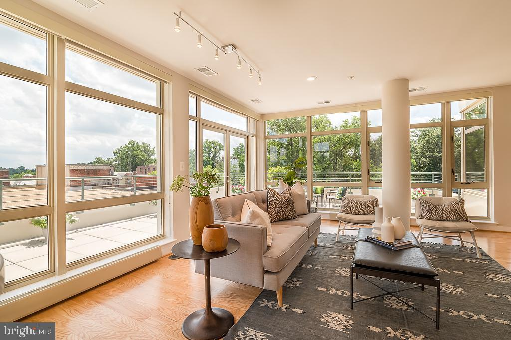 4025 CONNECTICUT AVE NW #601 preview