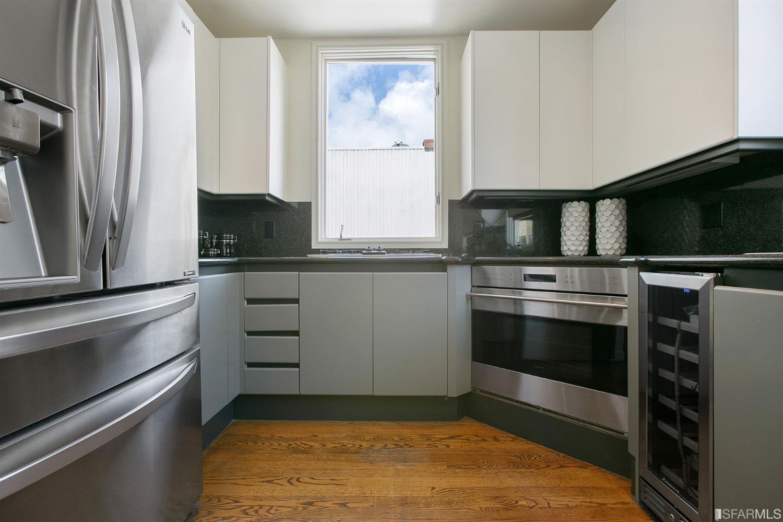 402 Lombard Street photo