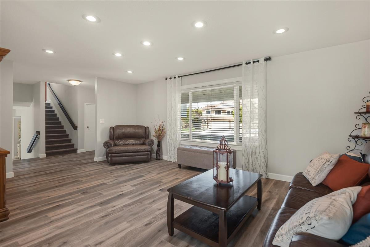 1428 Eagles Nest LN preview