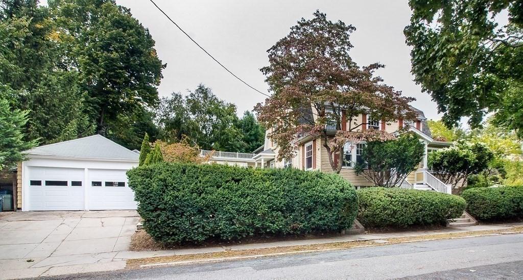 29 Devereaux  Street photo