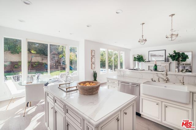 Renovated Contemporary in Summit Pointe Estates preview