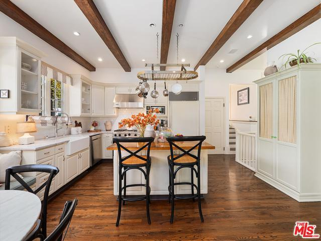 966 Stone Canyon Rd preview