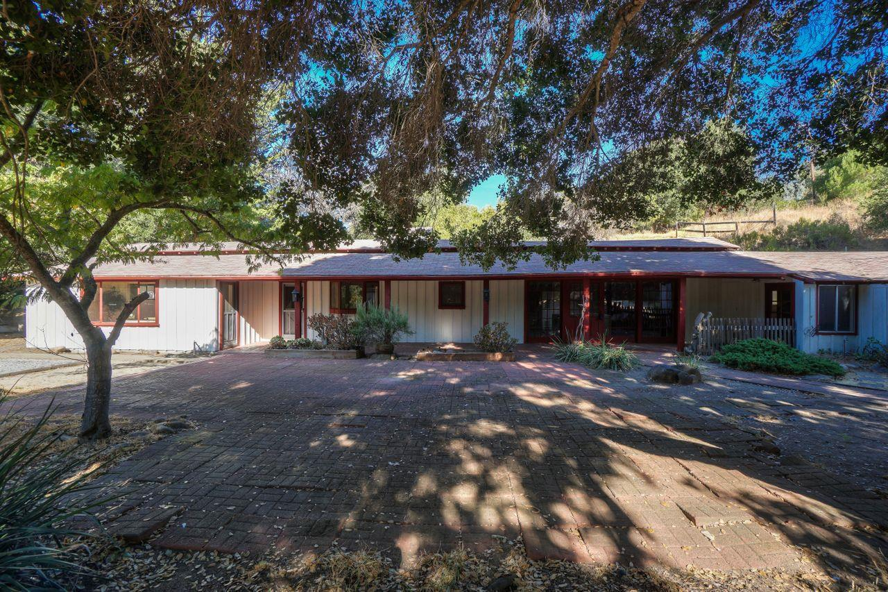 1 Rancho RD