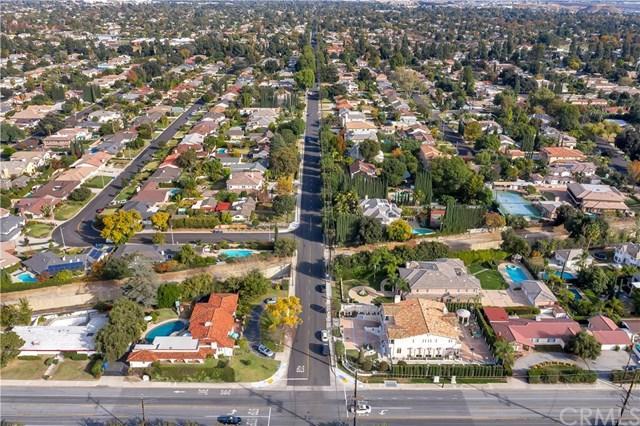 135 W Camino Real Avenue
