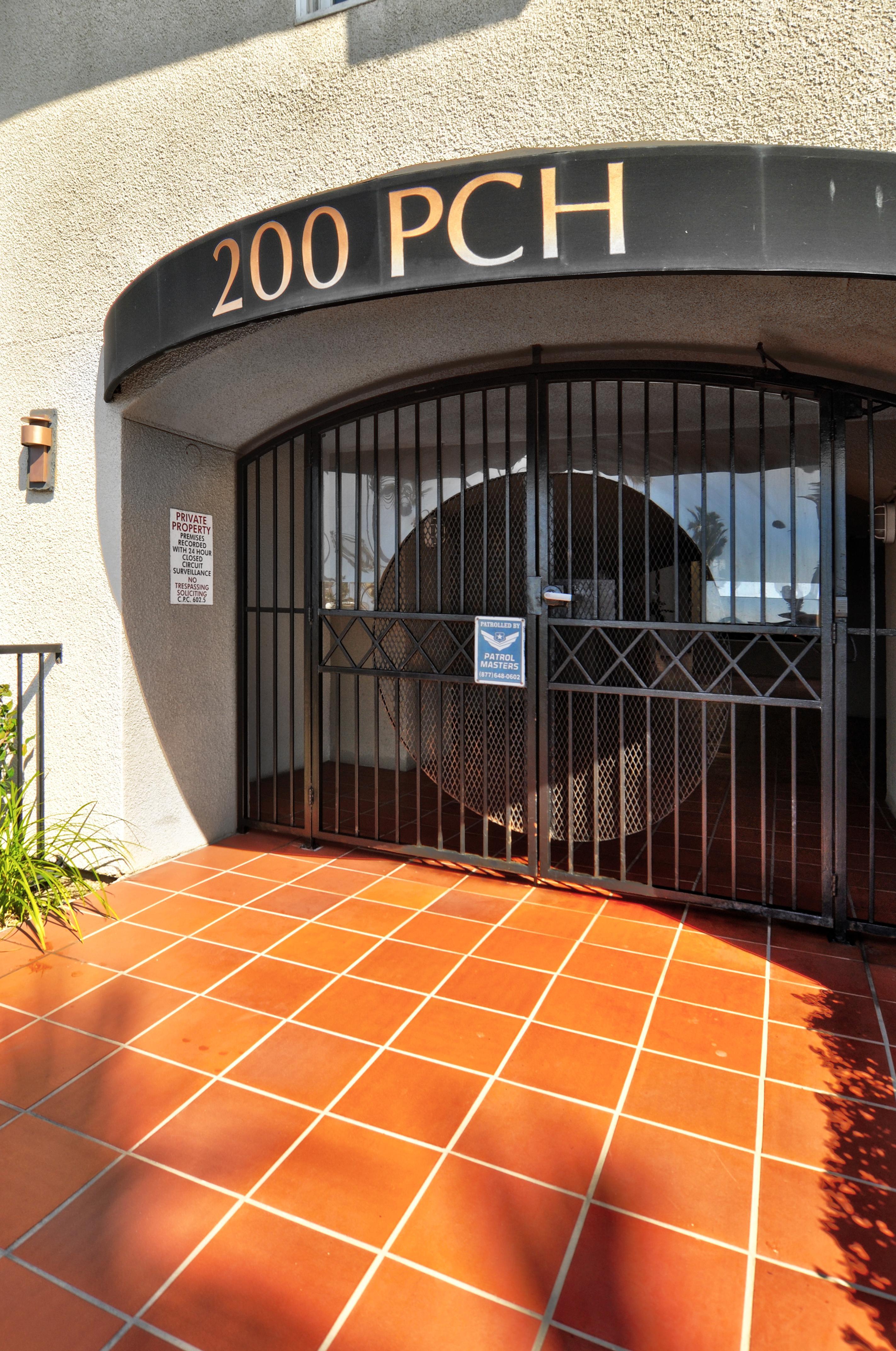 200 Pacific Coast Hwy #320