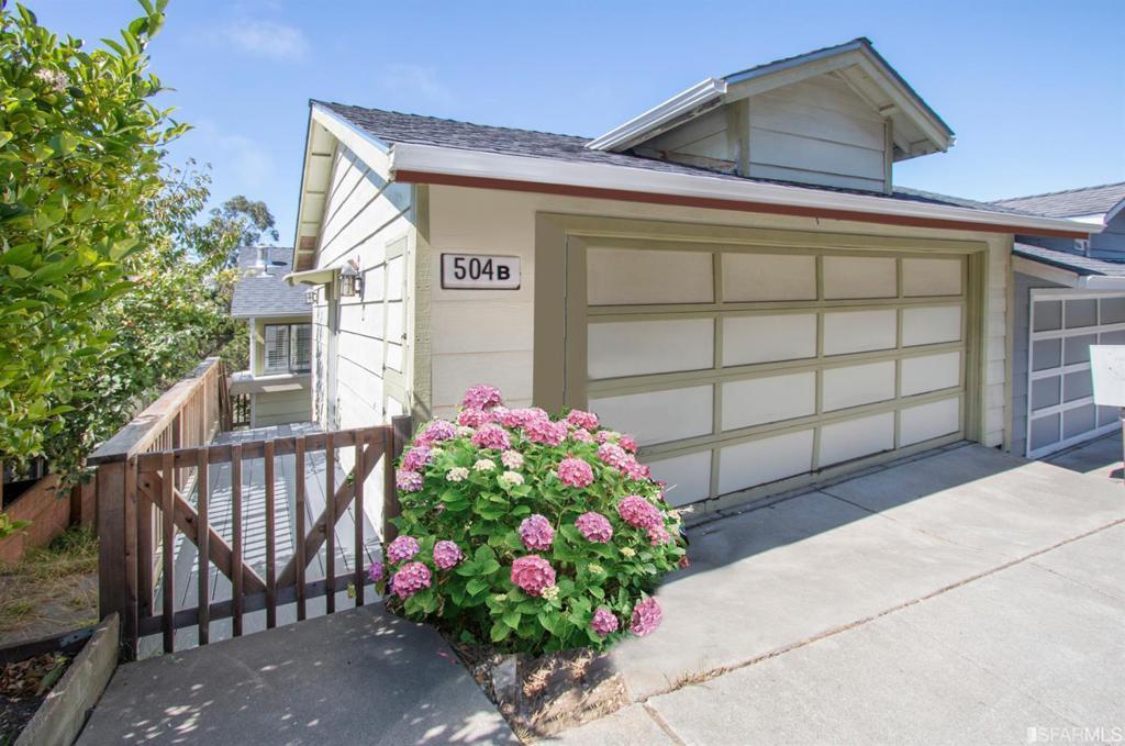 504 Southhill Boulevard photo