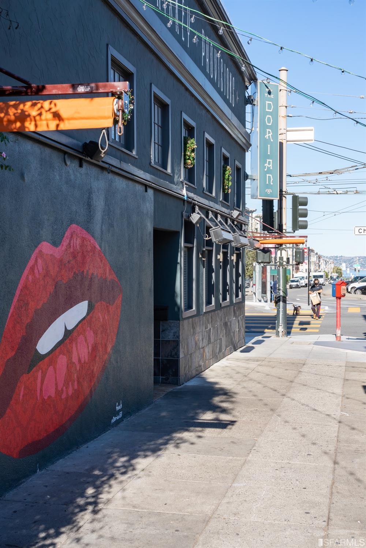2907 Octavia Street photo