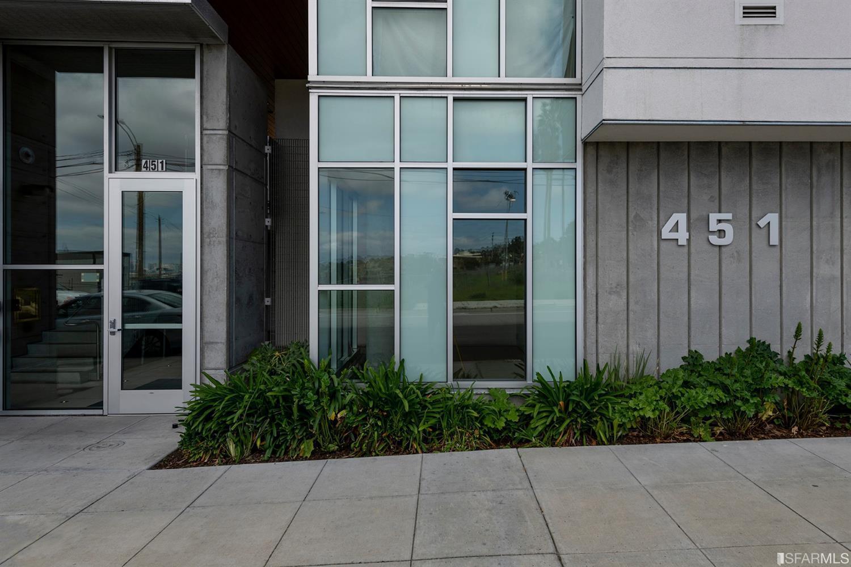451 Donahue Street Unit: 402 photo