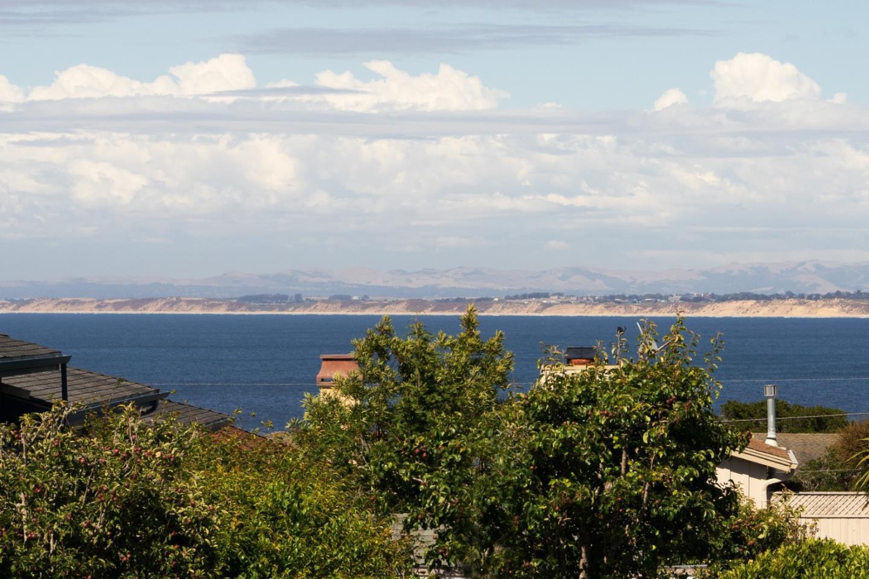 Bay Views in Monterey