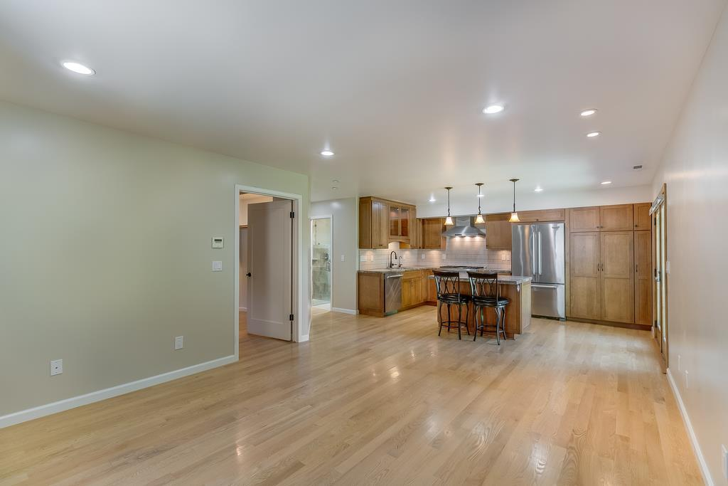 22430 Summit RD preview