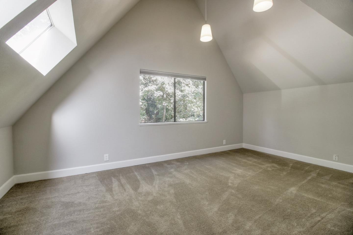 18130 Bayview DR photo