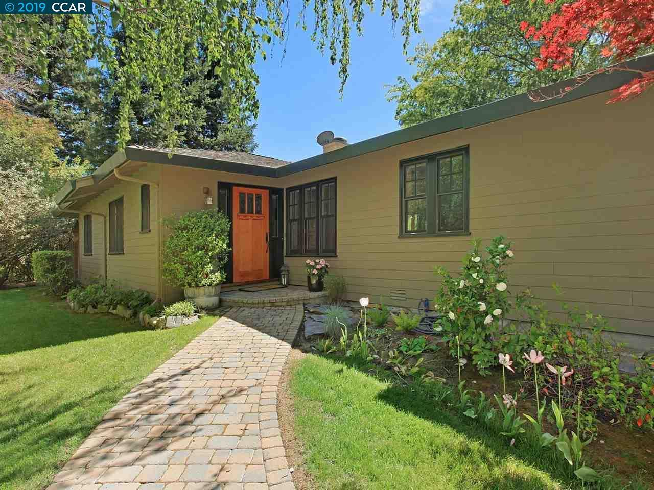 2982 Roundhill Road preview