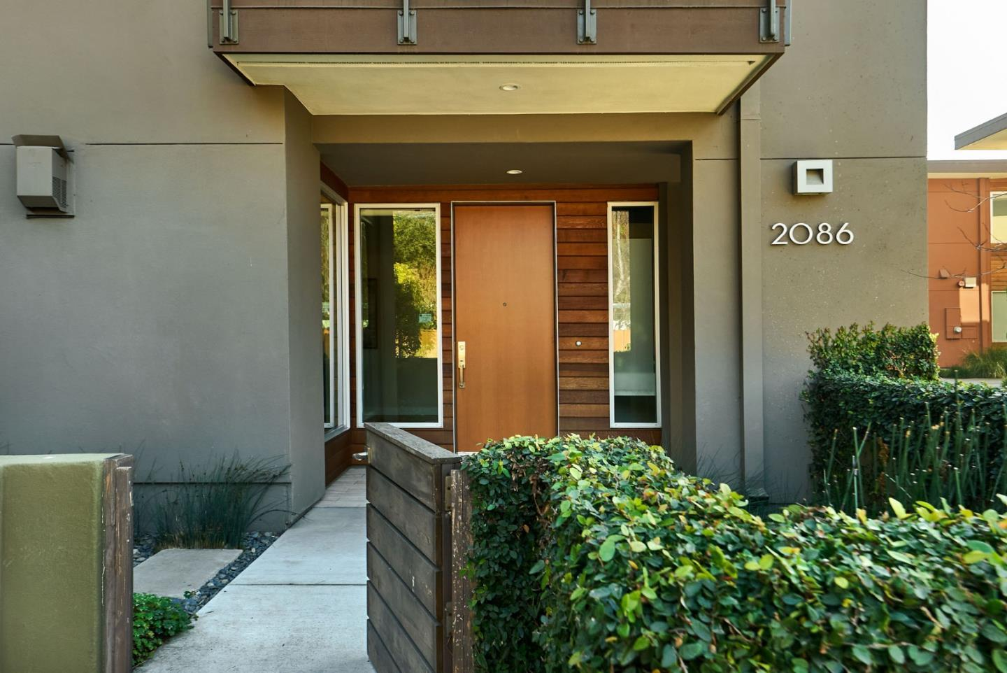 2086 Channing AVE photo