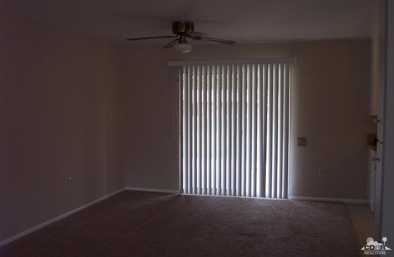 42280 Kansas Street