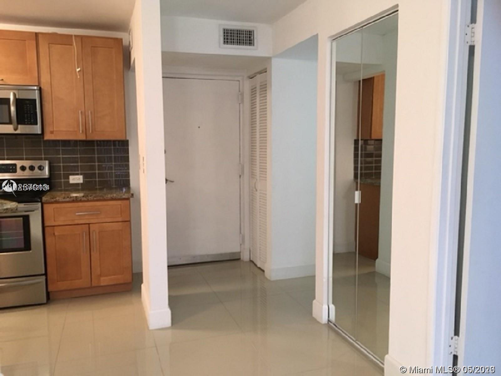 1740 NW N River Dr Unit: 525 preview