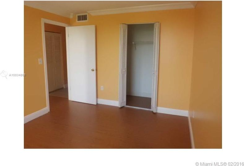 1720 NW N RIVER DR Unit: 503 preview