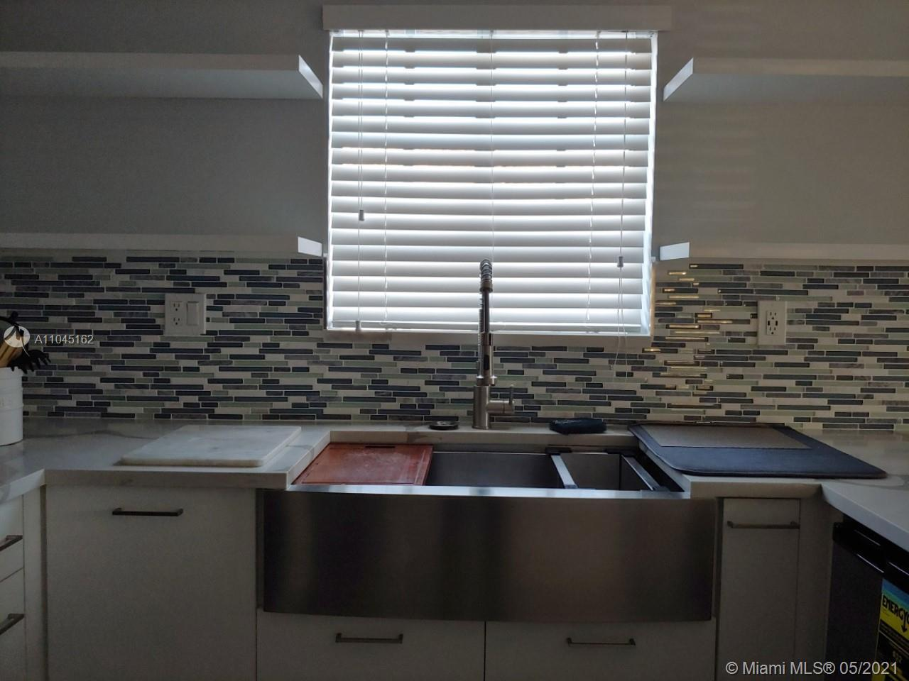 12286 SW 148th Ter photo