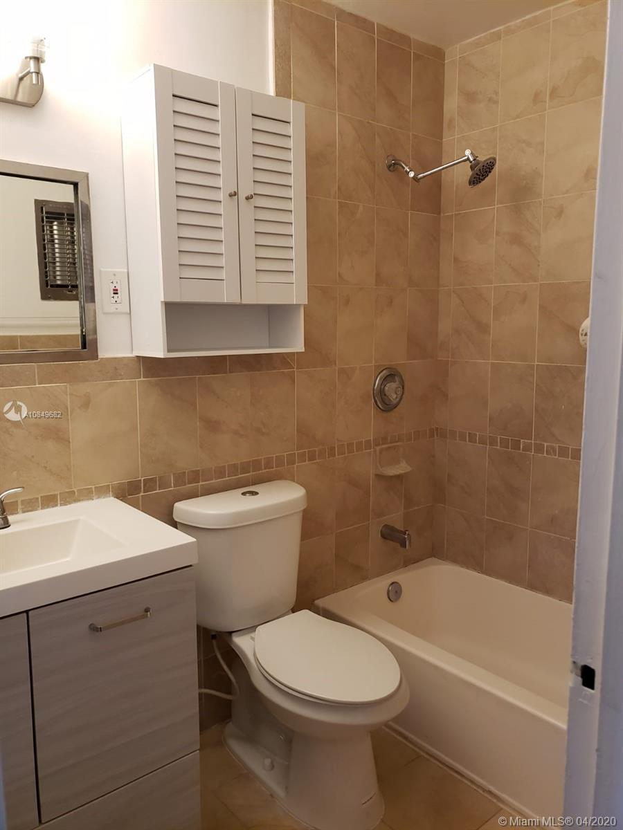 1450 NE 171st St Unit: B202 preview