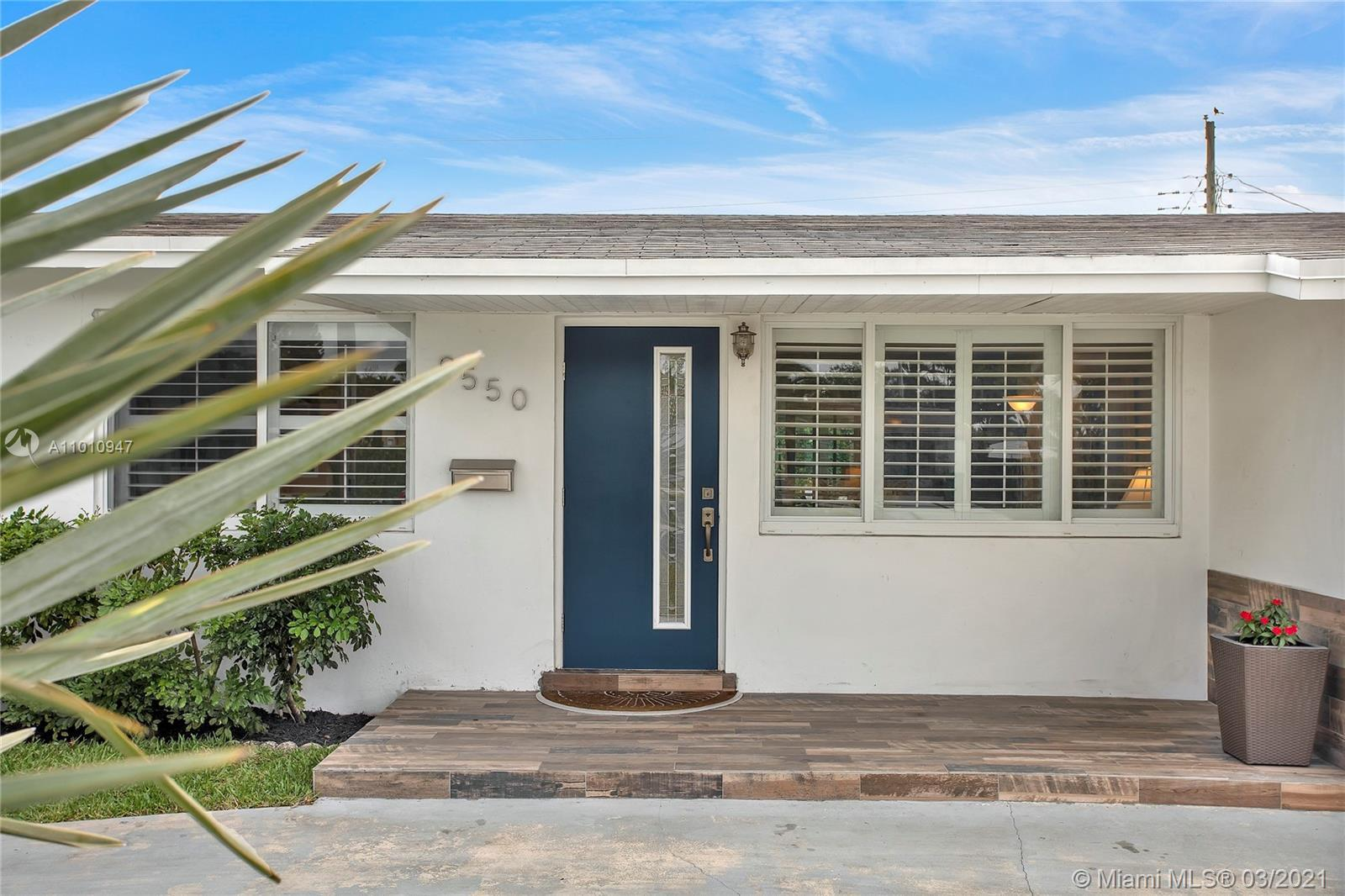 9550 SW 48th St preview