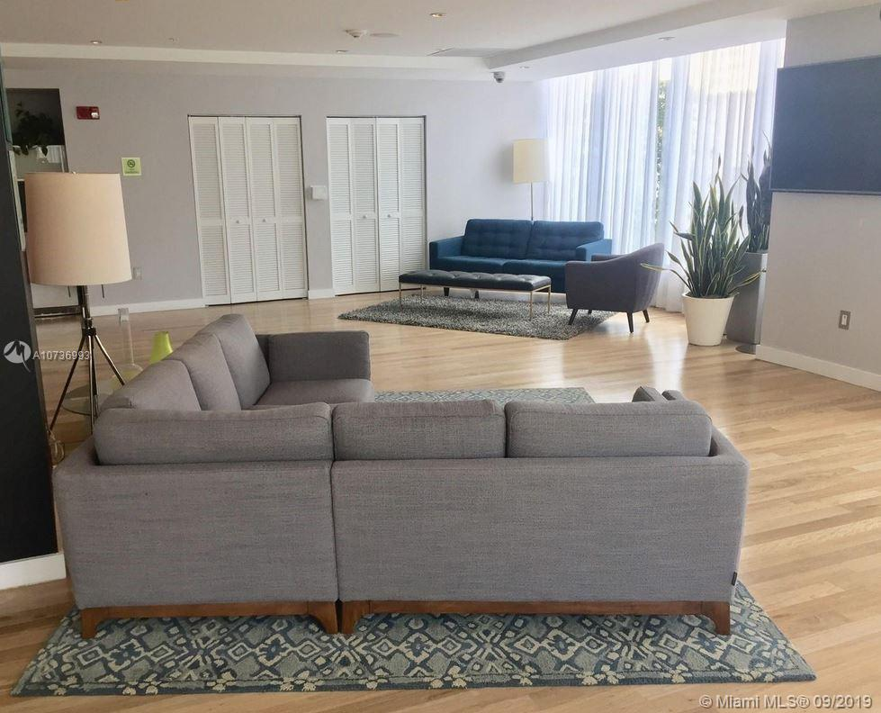 133 NE 2nd Ave Unit: 1004 preview