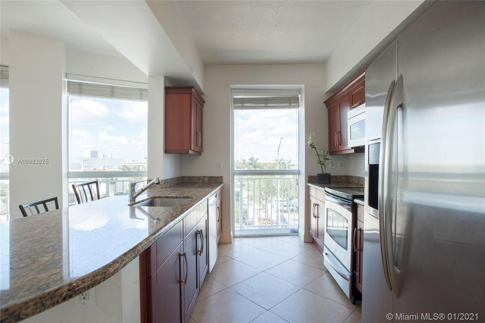 7270 N Kendall Dr Unit: B303 preview