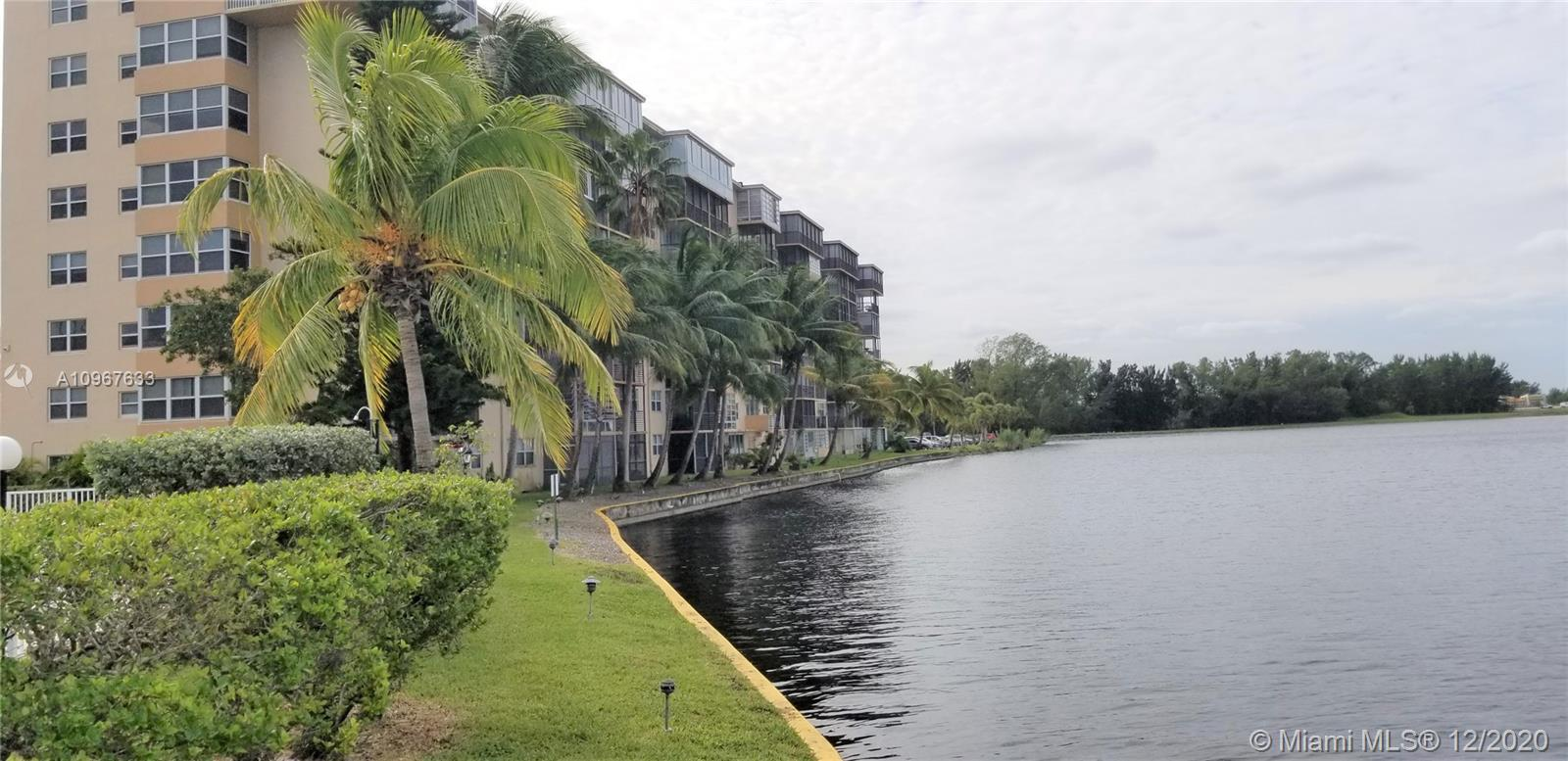 1075 NE Miami Gardens Dr Unit: 408 preview