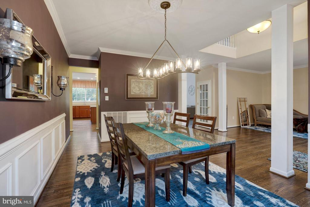 303 RIDING TRAIL CT NW preview