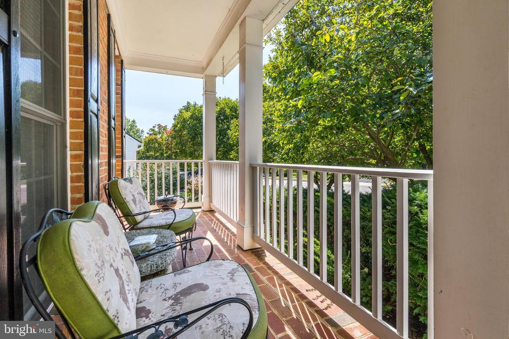 614 MEADE DR SW preview