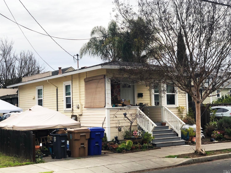 1428 Brown Street