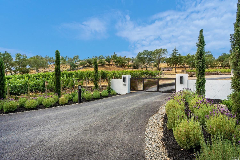 1325 Loma Vista Drive