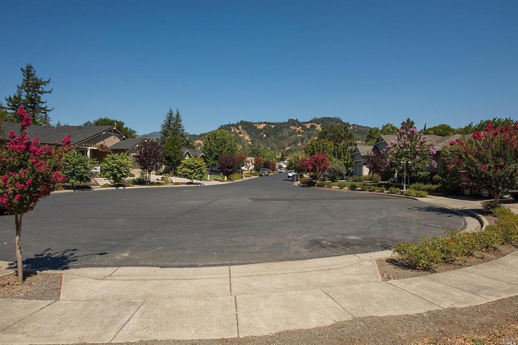 1704 Emerald Drive