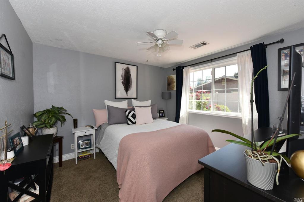 1084 Linda Vista Avenue
