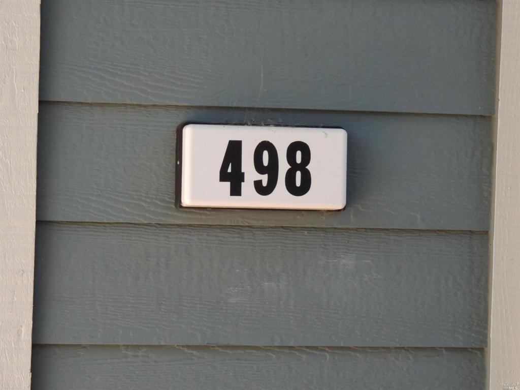 498 Brownstone Lane