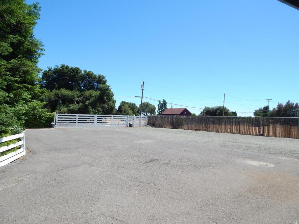 1235 Cuttings Wharf Road