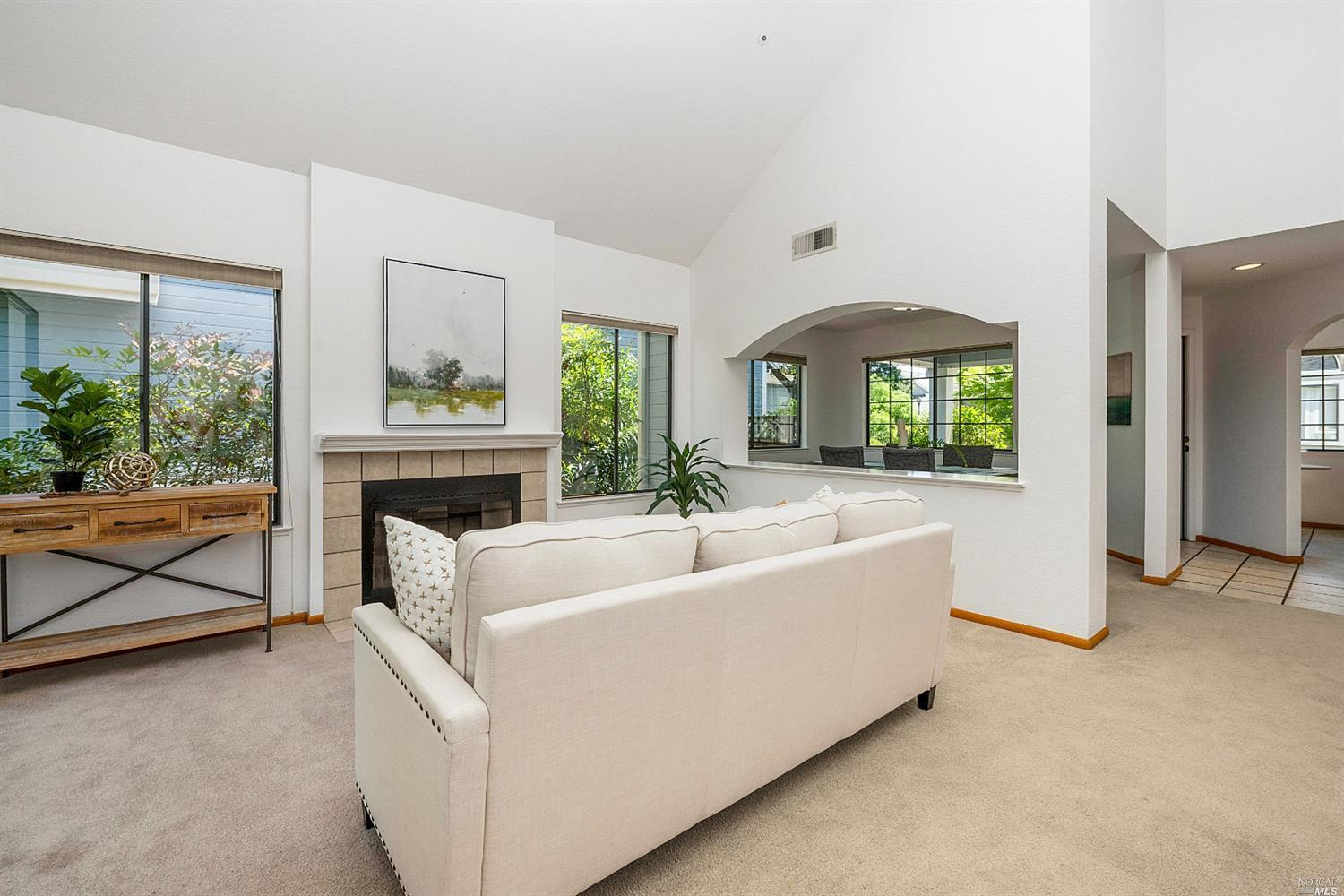 15 Valley West Circle