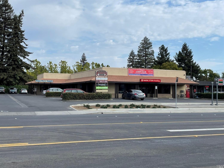 2020 2038 Redwood Road