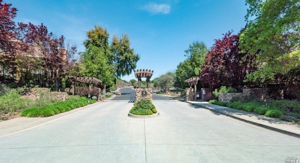 320 Alta Mesa Circle
