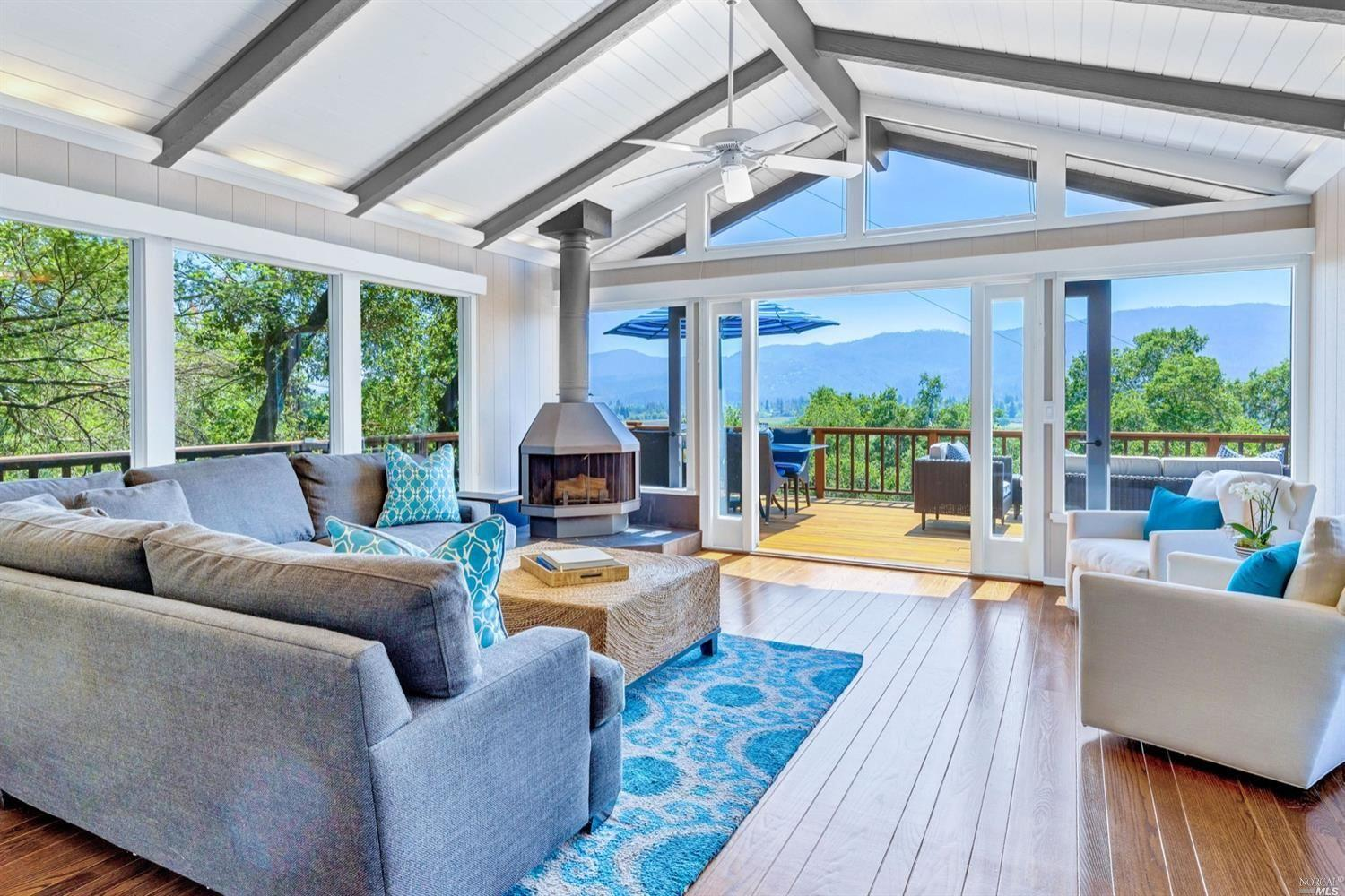 220 Madrone Knoll Way