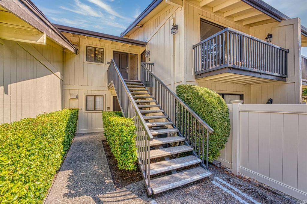 660 Cottage Drive