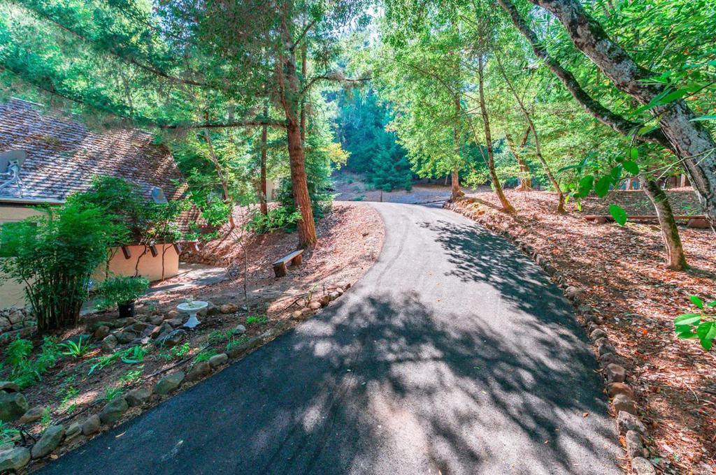 4593 Dry Creek Road