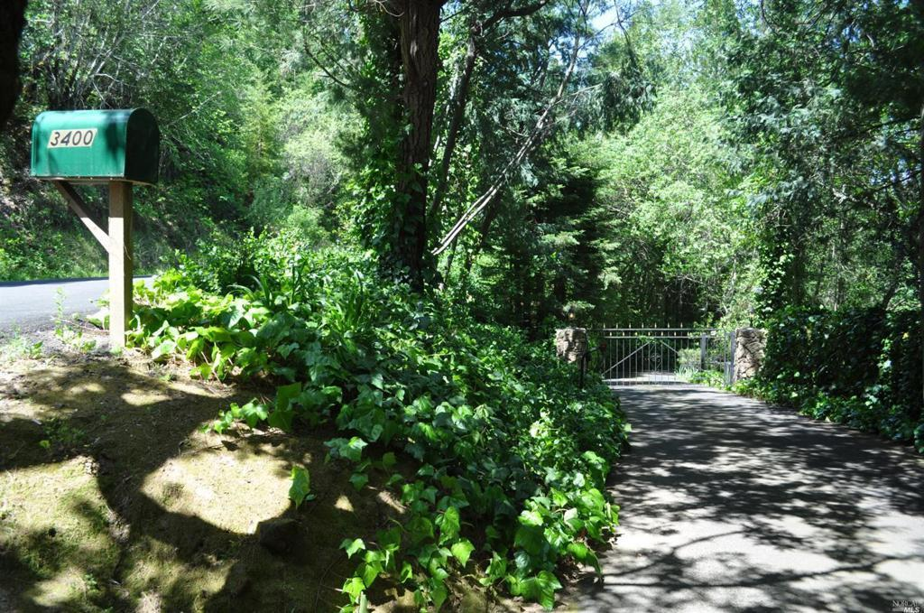 3400 Redwood Road