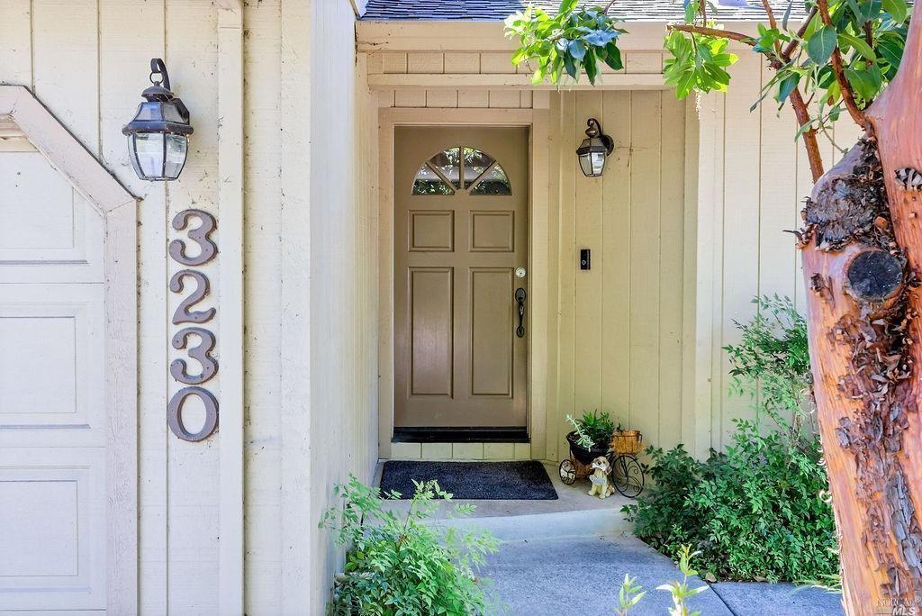 3230 Villa Lane
