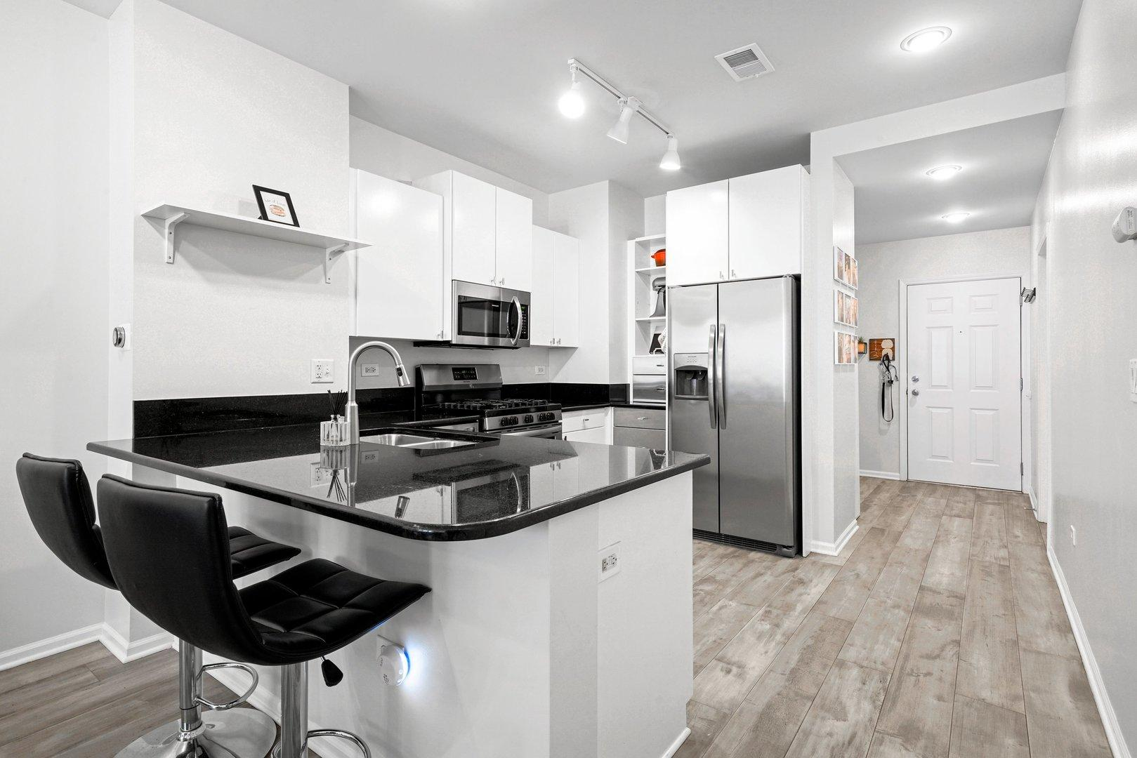 520 N Halsted  Street, Unit 305 photo