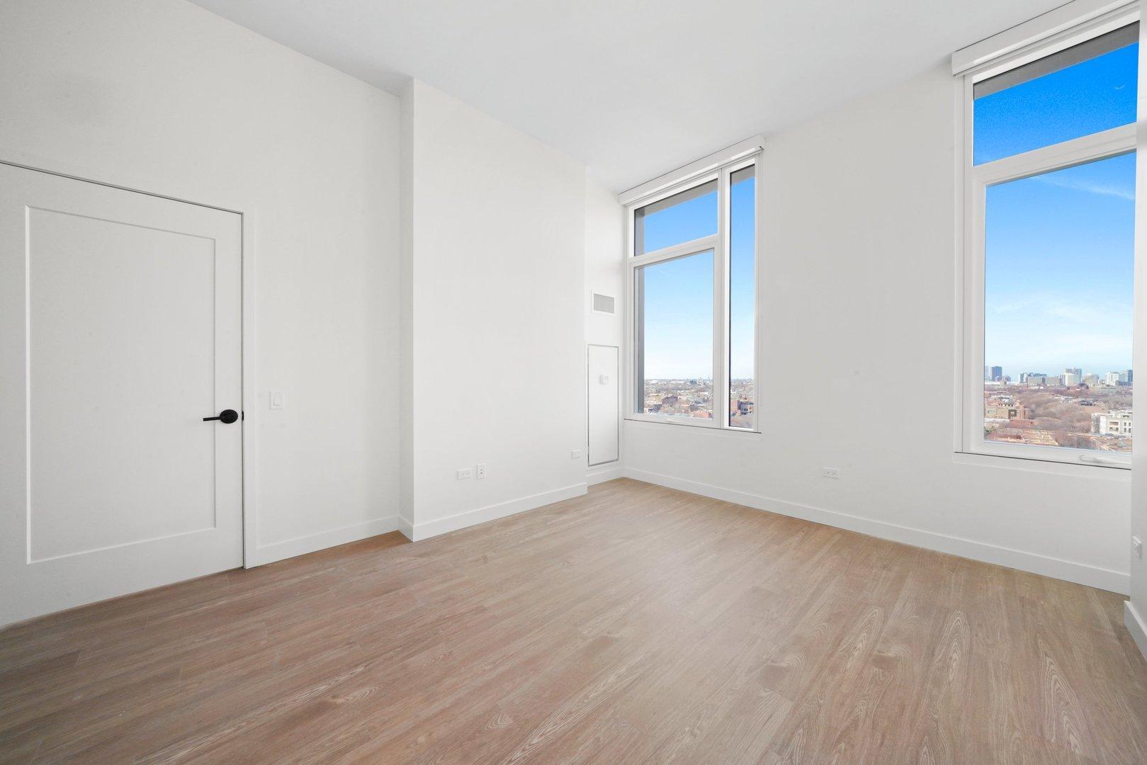 633 W North  Avenue, Unit 1106 photo