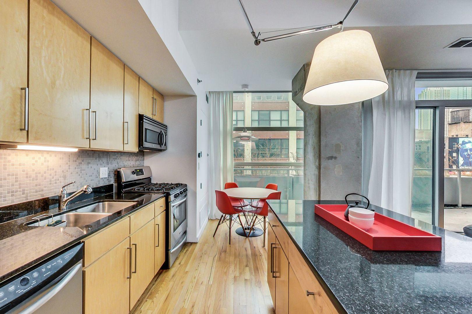 630 N Franklin  Street, Unit 409 photo