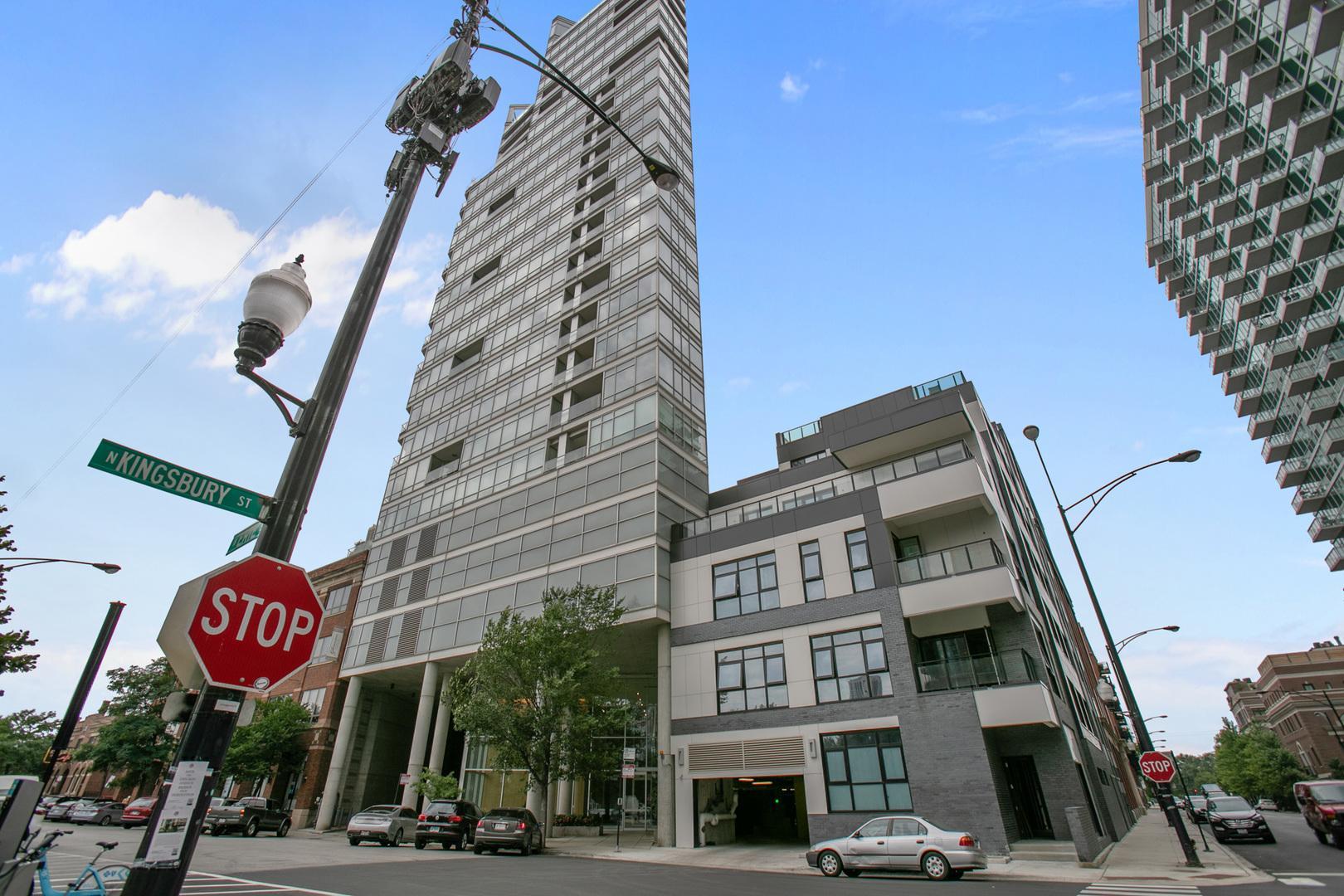 510 W ERIE  Street, Unit 702 photo