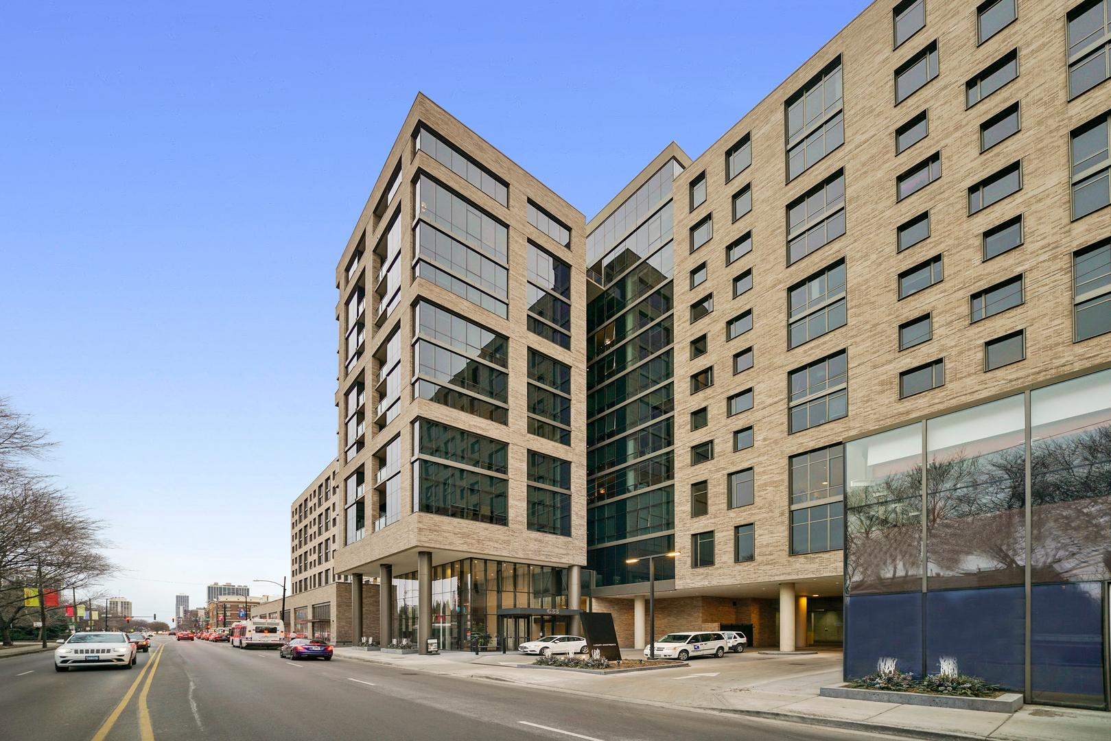 633 W North  Avenue, Unit 1104 photo