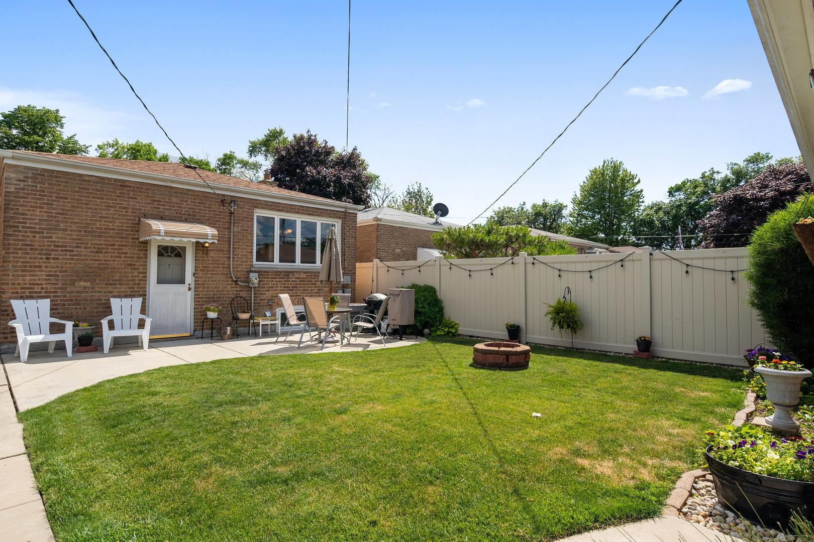 6946 W 64th  Place photo